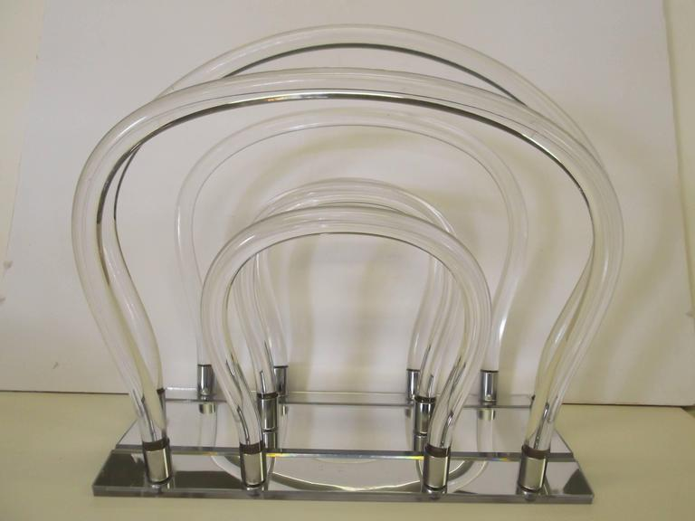 American Dorothy Thorpe Chrome Mirror Lucite Magazine Rack For Sale