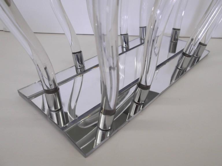 20th Century Dorothy Thorpe Chrome Mirror Lucite Magazine Rack For Sale
