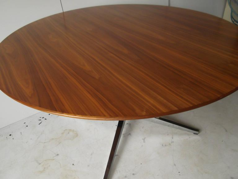 grain florence knoll round dining conference table for sale at 1stdibs