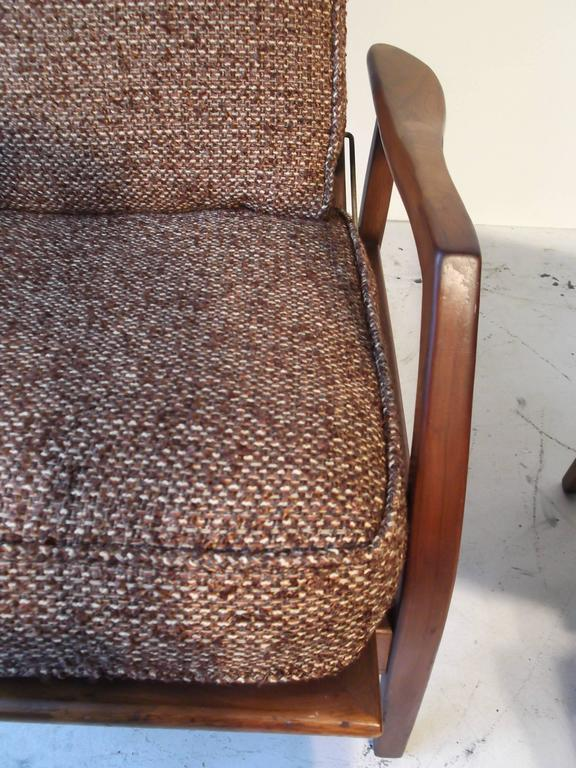 Milo Baughman For James Walnot Recliner Rocking Chair With