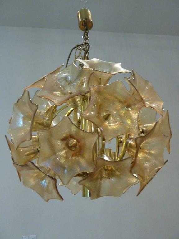 Italian European Amber Glass Flower Sputnik Light Chandelier For Sale