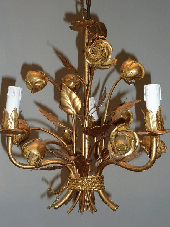 1960s Italian Gilded Rose Flower Chandelier Hollywood Regency Style For Sale 1