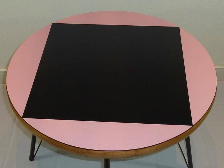 German Pink and Black Mid-Century Rockabilly Dining Table For Sale