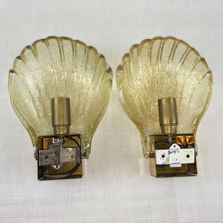 Pair of Sea Shell Pattern Modernist Murano Glass Sconces For Sale at 1stdibs