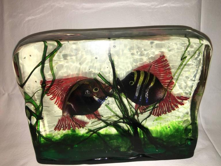 Italian Large Murano Glass Aquarium Kissing Fish in Gino Cenedese Style For Sale