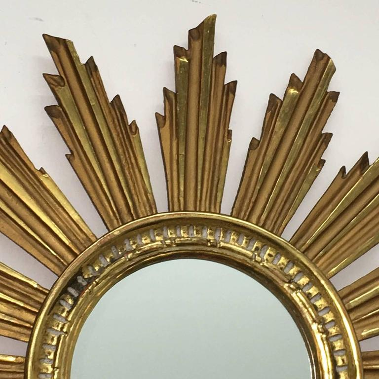 Vintage Snowflake Starburst Giltwood Mirror, France In Good Condition For Sale In Frisco, TX