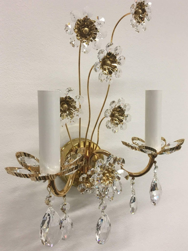 "Late 20th Century Pair of Vintage Gold-Plated ""Palwa"" Crystal Flower Sconces For Sale"