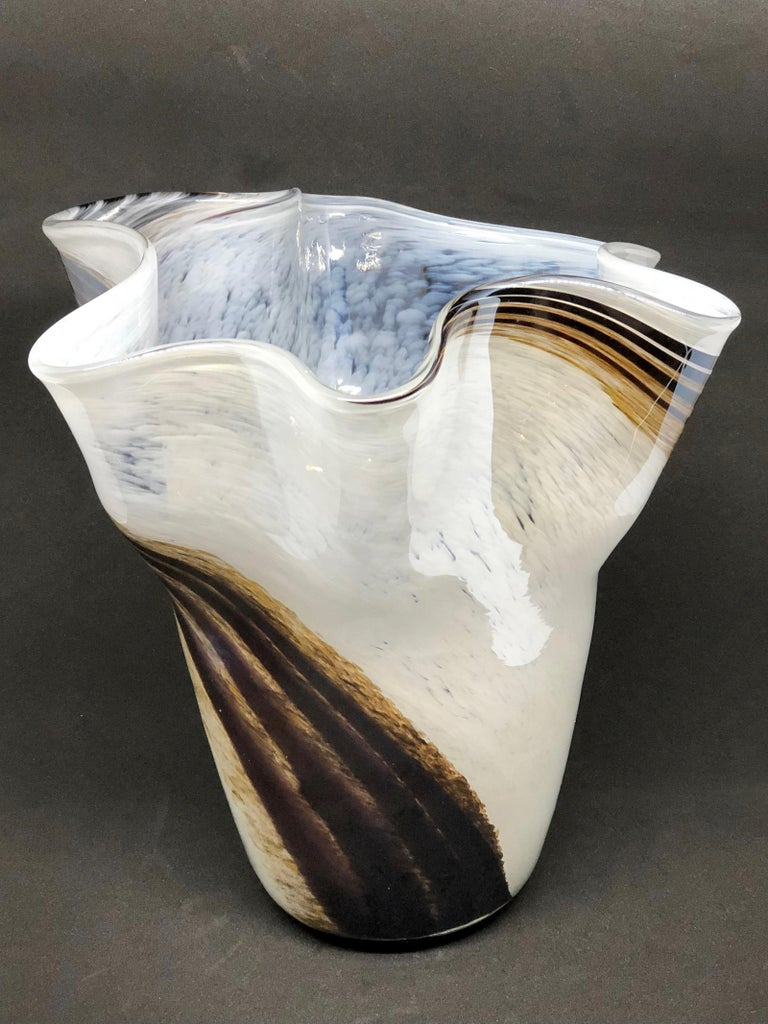 Venetian Murano Glass Fazzoletto Vase For Sale 5