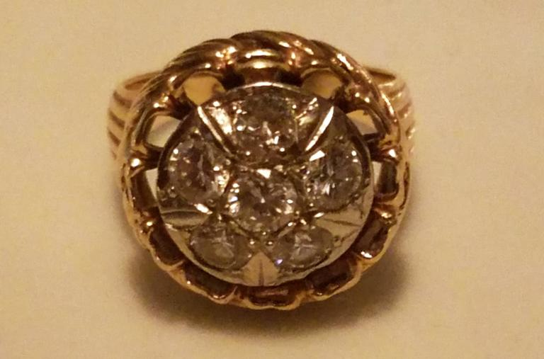American Ladies 14-Karat Yellow Gold Six Diamond Dinner Ring For Sale
