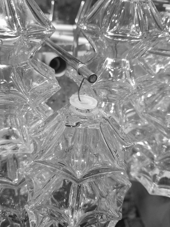 """Kalmar """"Pagoda"""" Glass Chandelier 3"""