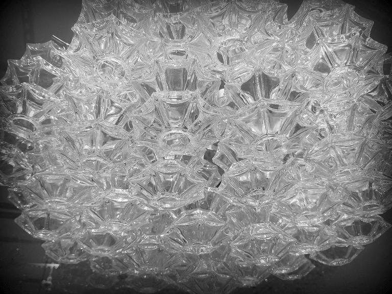 """Kalmar """"Pagoda"""" Glass Chandelier 6"""