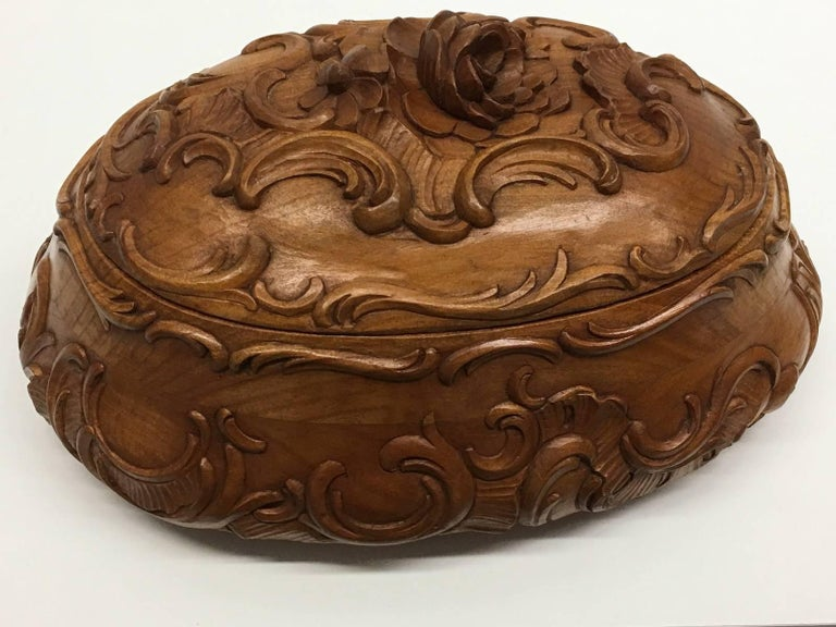German Carved Wood Black Forest Brienz Box with Floral Decor For Sale