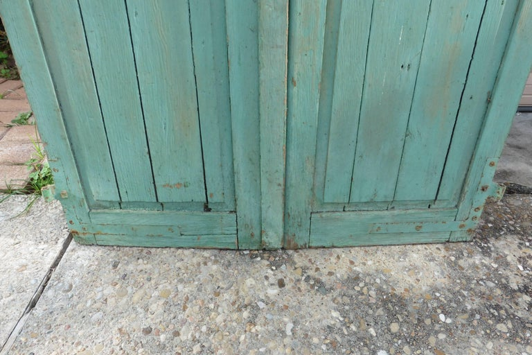 Pair of French Green Aqua Shutters, circa 1890 In Good Condition For Sale In The Hills, TX