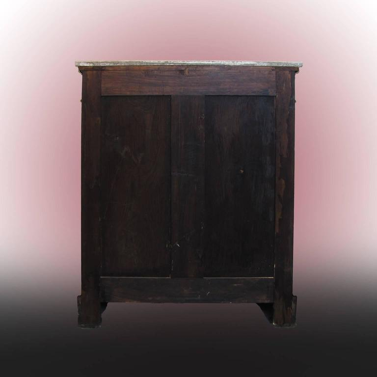 French Mid-19th Century Napoleon III Credenza Gilt Bronze Mounted Ebonized Wood In Good Condition For Sale In Firenze, IT