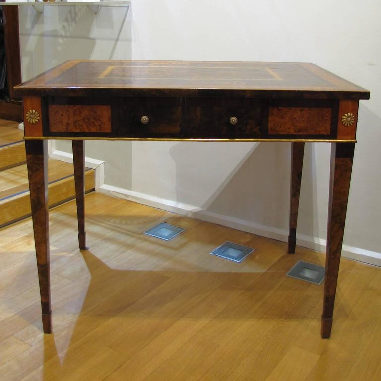 Veneer Italian Late 18th Century Louis XVI Desk in Palisander, Walnut and Olive Wood For Sale