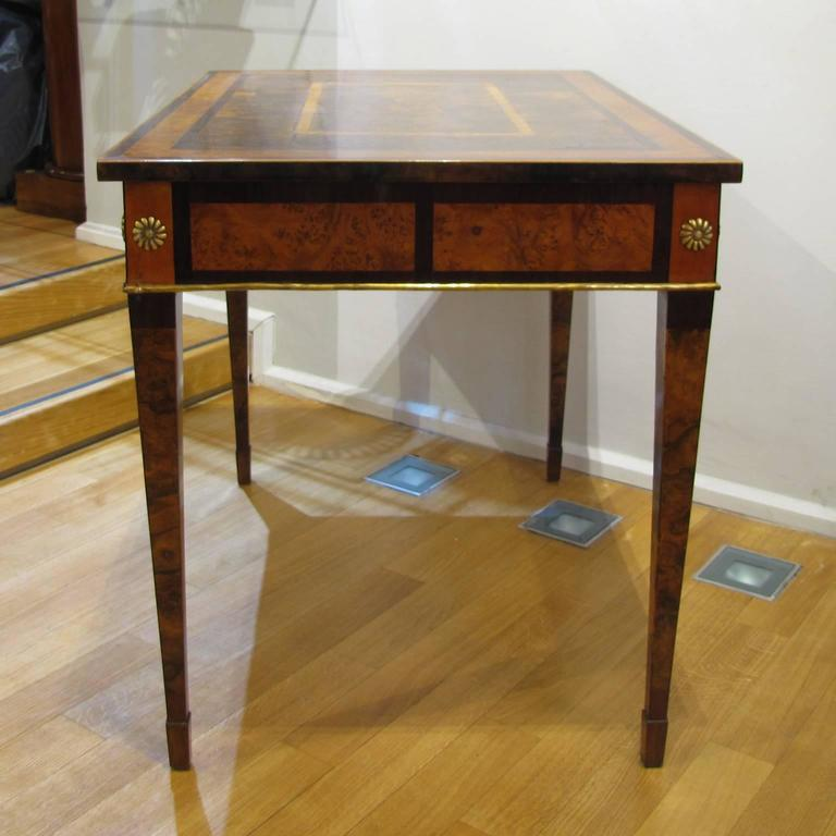 Italian Late 18th Century Louis XVI Desk in Palisander, Walnut and Olive Wood In Good Condition For Sale In Firenze, IT