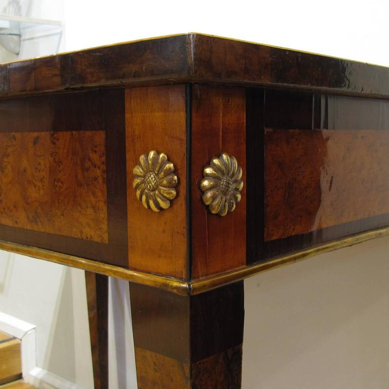 Italian Late 18th Century Louis XVI Desk in Palisander, Walnut and Olive Wood For Sale 5