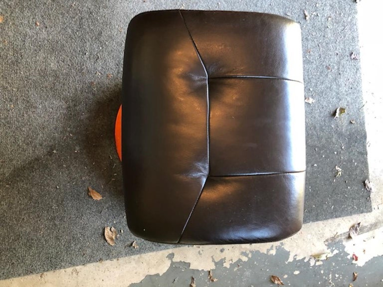 Fruitwood Modernist Scandinavian Leather Swivel Chairs with Ottomans For Sale