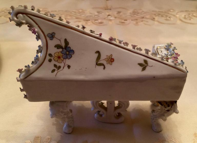 Collection of Meissen Miniatures with Applied Floral Work Six Pieces For Sale 3