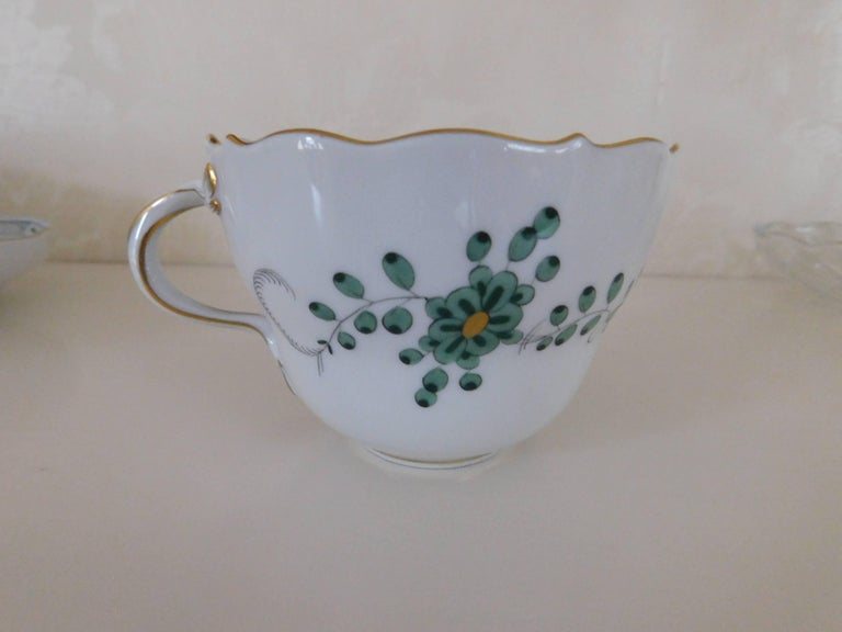 Meissen Porcelain Green Indian Flowers Large Cup and Saucer, 20th Century For Sale 1