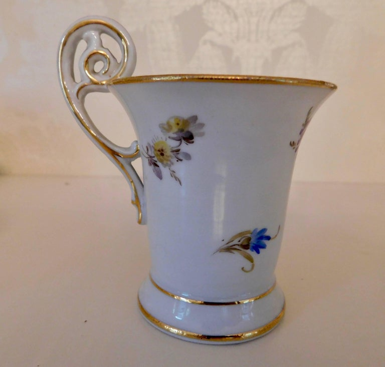 20th Century Meissen Porcelain Demitasse Cup & Saucer In Good Condition For Sale In Washington Crossing, PA