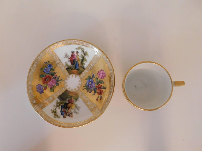 Early 18th Century Antique Meissen Porcelain Miniature Cup and Saucer For Sale 2