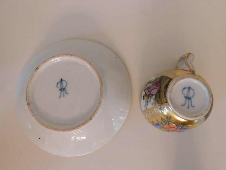 Early 18th Century Antique Meissen Porcelain Miniature Cup and Saucer For Sale 3