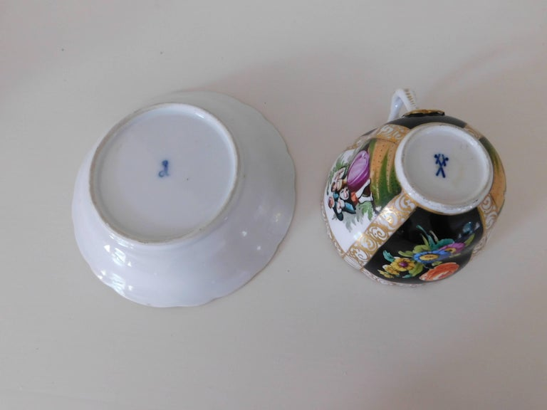19th Century Meissen Porcelain Cup and Saucer, circa 1850 For Sale 3