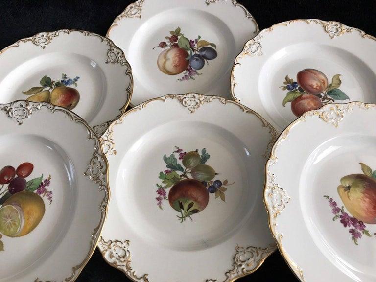 German Set of Six Antique Meissen Porcelain Floral Cabinet Plates Marcaloni Period For Sale