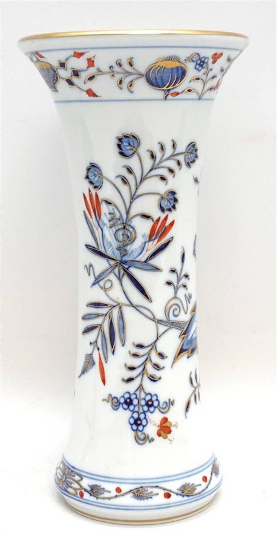 Meissen Porcelain Blue Onion Vase 3