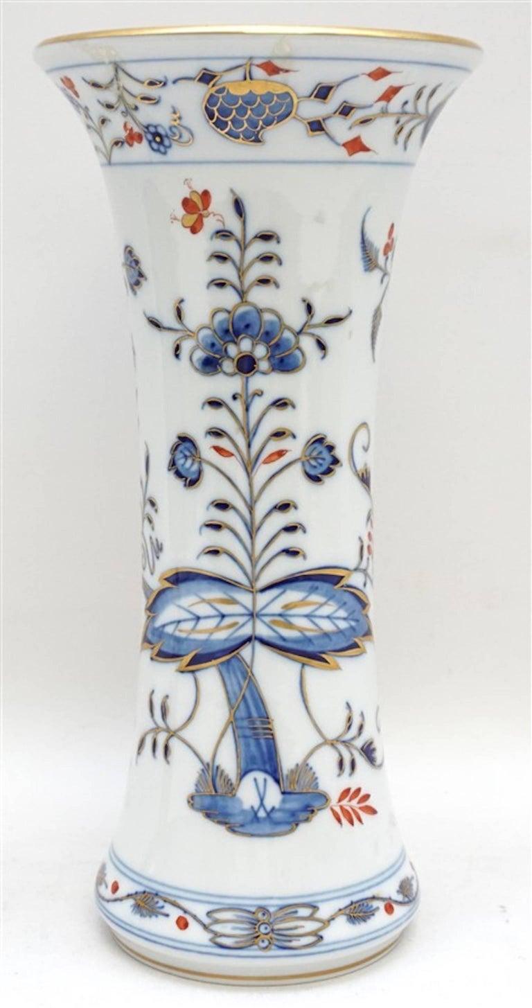 Meissen Porcelain Blue Onion Vase 4