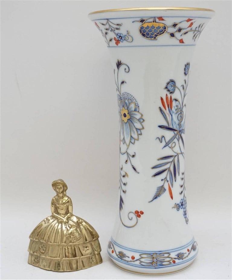 Meissen Porcelain Blue Onion Vase 6