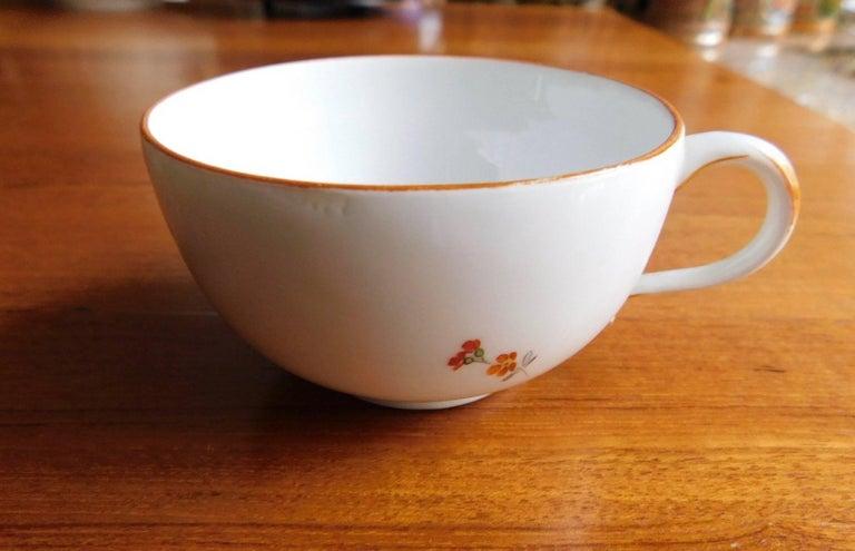 Antique 18th Century Meissen Porcelain Cup For Sale 1