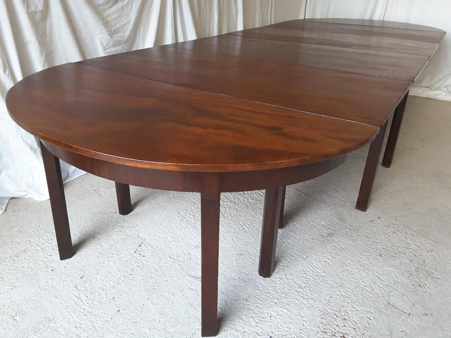 Large Antique Georgian Mahogany Extending Dining Table