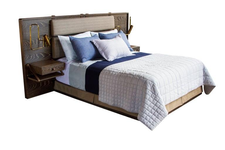 Marlton Bett mit gepolstertem Kopfteil, Lederriemen und Beistelltische 2