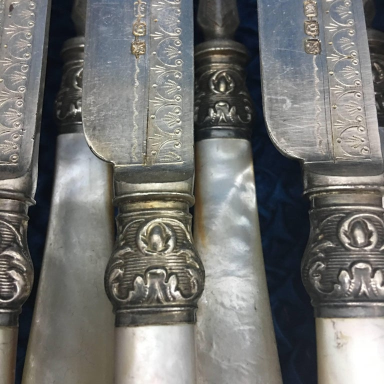 British Antique Victorian Boxed Set of Knives and Forks, 1923 For Sale