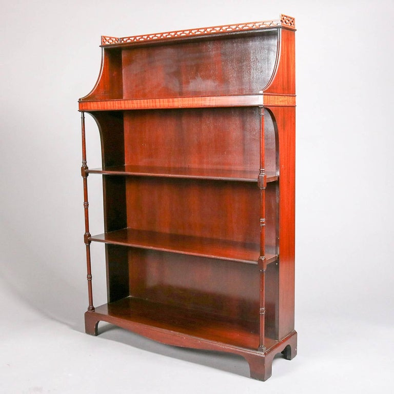 Antique Federal Style Charak Furniture Mahogany Open Bookcase, 19th Century  For Sale 1 - Antique Federal Style Charak Furniture Mahogany Open Bookcase, 19th