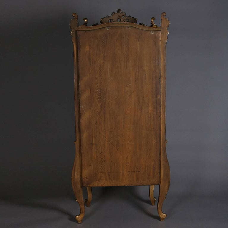 20th Century Antique French Louis XIV Style Giltwood Mirror Back Bow Front Vitrine For Sale