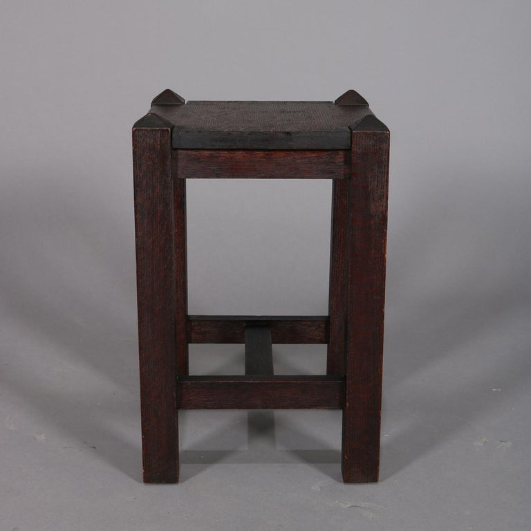 Antique Arts & Crafts Stickley School Mission Oak Plant Stand, circa 1910 In Good Condition For Sale In Big Flats, NY