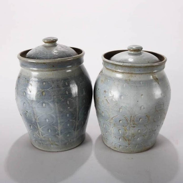 Arts and Crafts Pair of Mid-Century Modern Hand-Thrown Studio Pottery Covered Jars, Signed For Sale