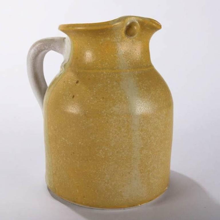 Mid-Century Modern Hand-Thrown Art Pottery Pitcher by T Randall In Good Condition For Sale In Big Flats, NY