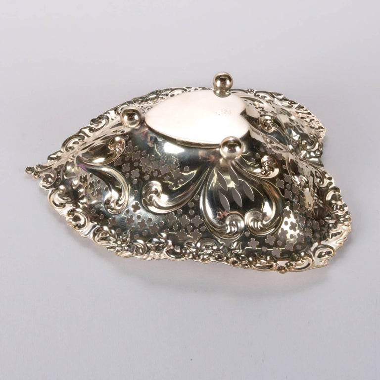 Antique Sterling Silver Gorham Heart Shaped Reticulated and Footed Dish In Good Condition For Sale In Big Flats, NY