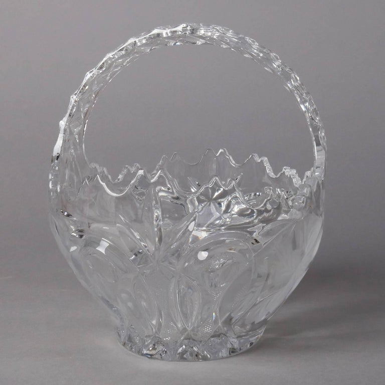 Hawkes School Cut and Etched Grape and Floral Crystal Basket, 20th Century For Sale 1