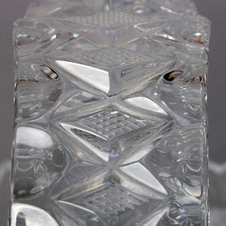 Hawkes School Cut and Etched Grape and Floral Crystal Basket, 20th Century For Sale 2