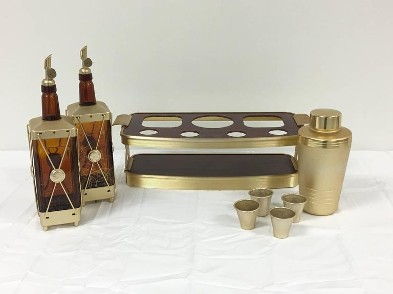 Offered Is An Absolutely Gorgeous Burl Wood Veneer And Gold Stainless Steel Tail Bar Set
