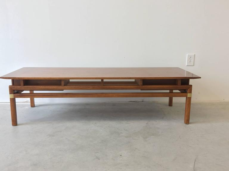 1980s Hickory Hollywood Regency Walnut Coffee Table 2