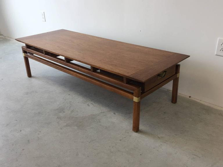 1980s Hickory Hollywood Regency Walnut Coffee Table 4