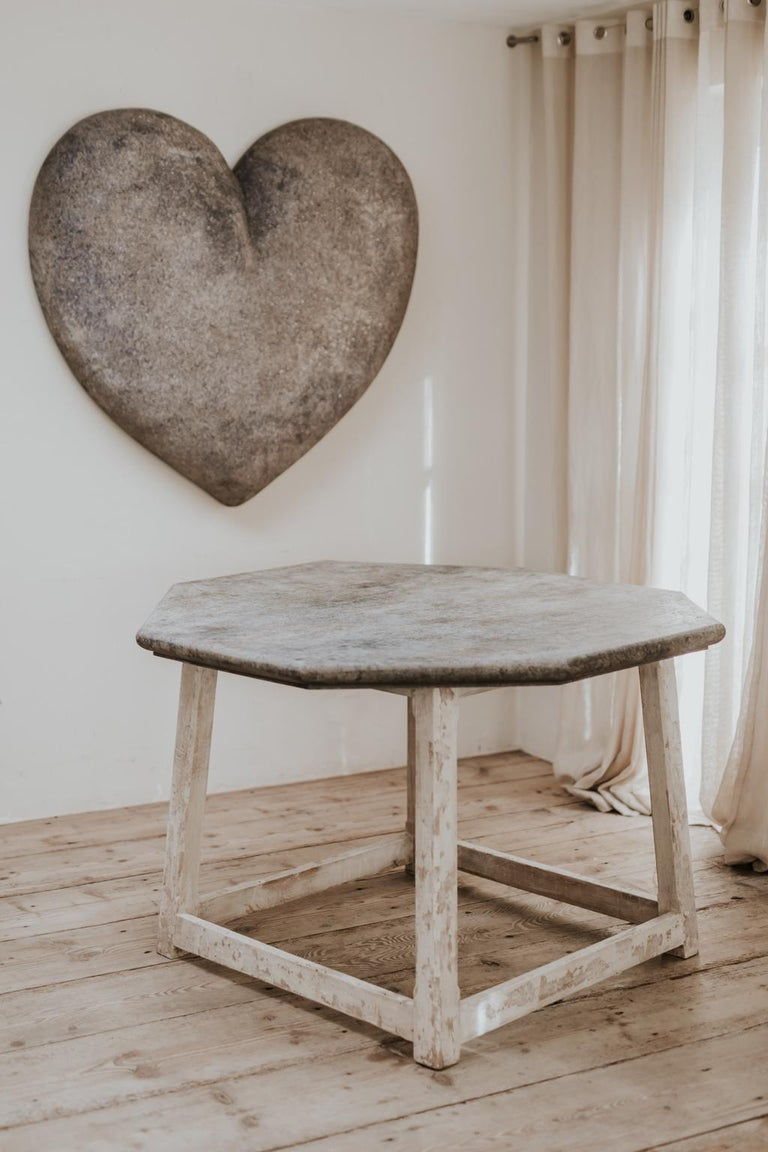 Customized Octagonal Table with Fausse Pierre Top In New Condition For Sale In Brecht, BE