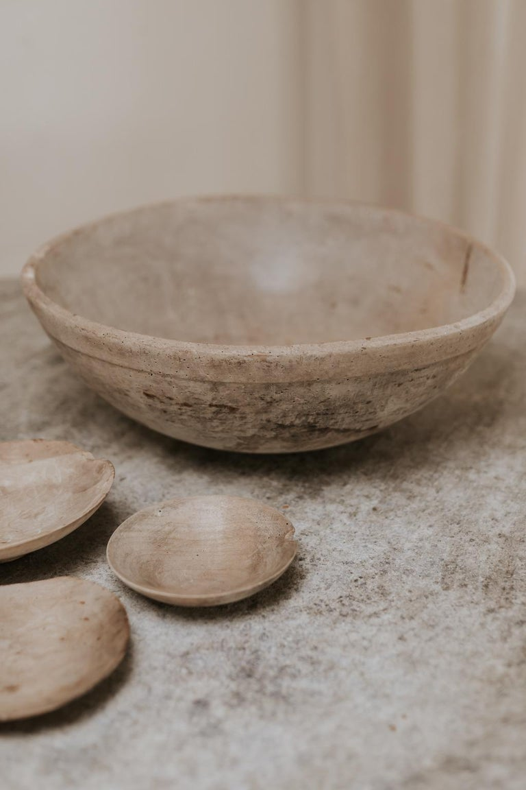 18th Century Sycamore Dairy Bowl and 3 Skimmers For Sale 1