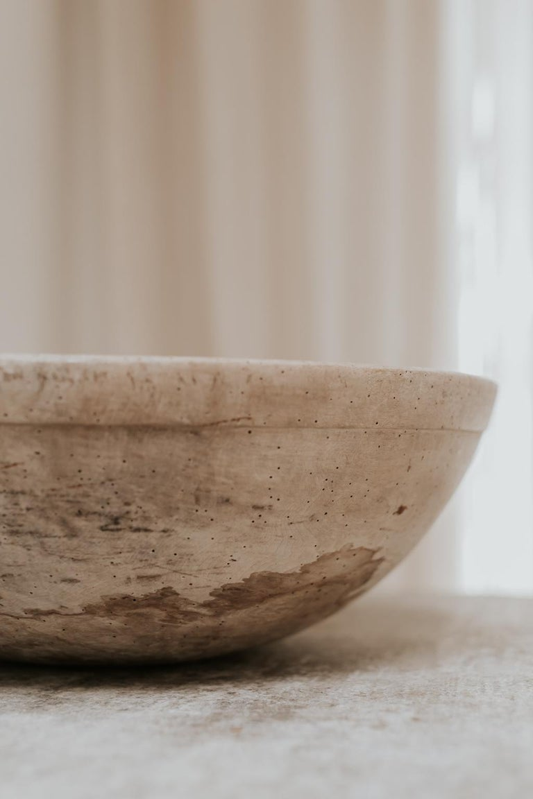 18th Century Sycamore Dairy Bowl and 3 Skimmers For Sale 5